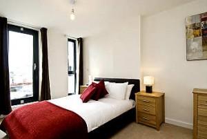 8091207-bedroom01