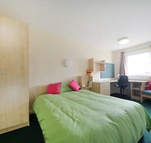 UK-Newport-RoomsPricing-Images-Bedroom4